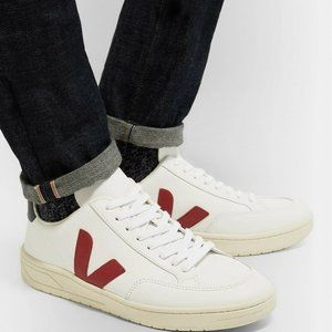 Veja V-12 Mens Low Top Sneaker White Burgundy Navy